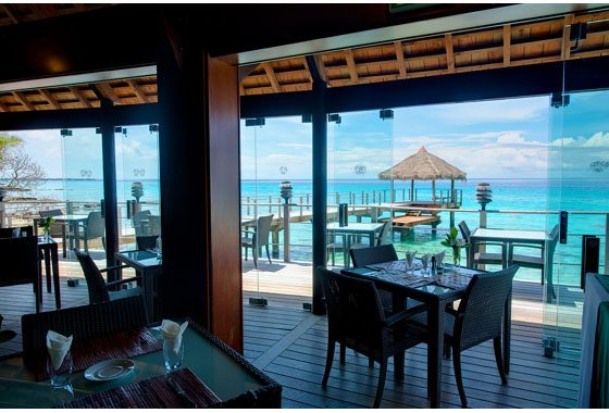 restaurant with view in Rangiroa