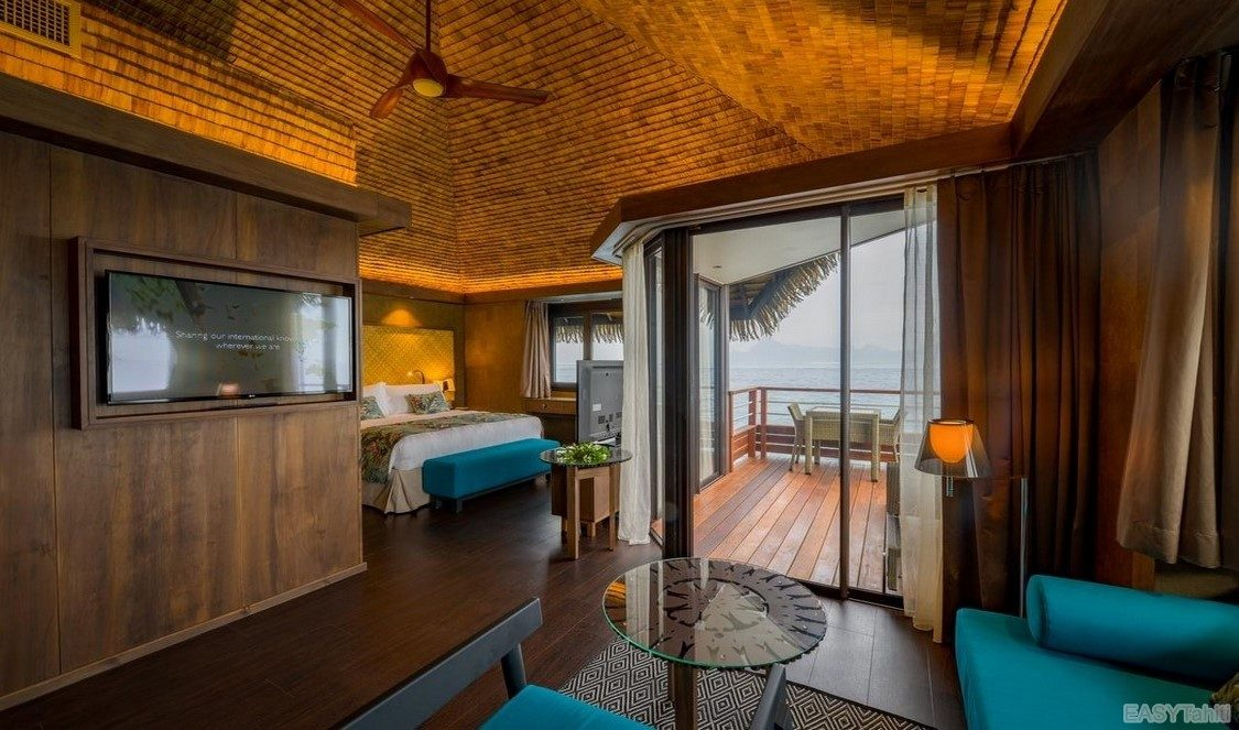 Intercontinental Tahiti Resort - Lagoon Overwater Bungalow 01