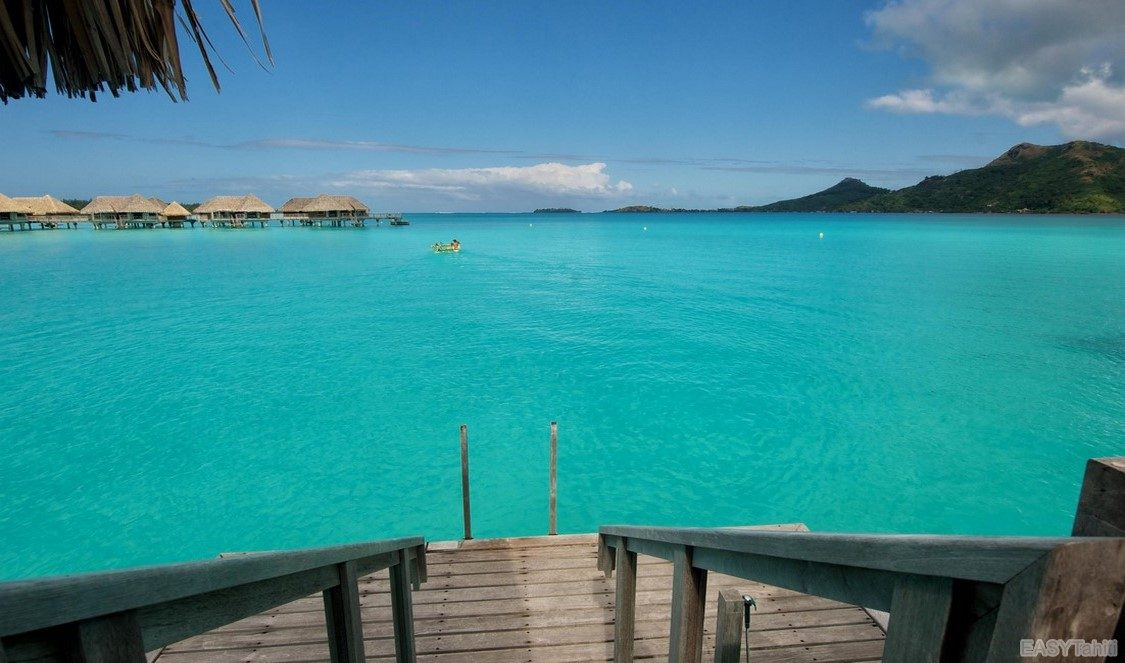 crystal clear lagoons for your holiday in Bora Bora