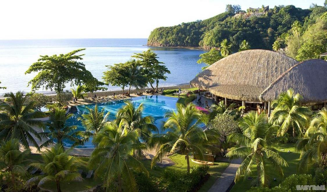 hotel with black sand beach in Tahiti for your next vacation in French Polynesia